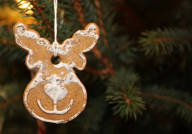 Lebkuchen am Weihnachtsbaum