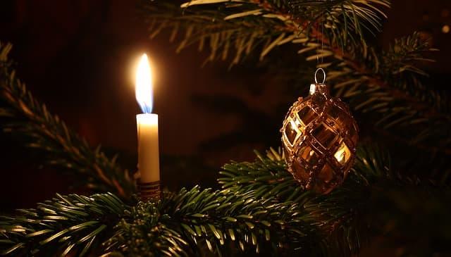 Weihnachtsbaumbeleuchtung Ursprung Und Bedeutung